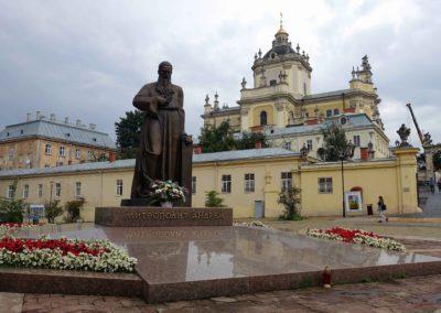 002 Pomnik grekokatolickiego metropolity Andreja Szeptyckiego1