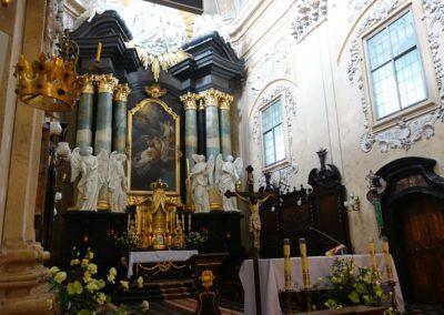083 Ołtarz główny