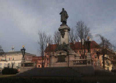 029 Pomnik Adama Mickiewicza