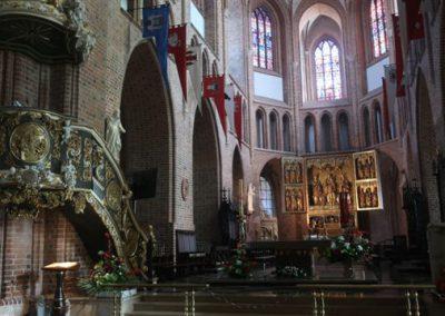 059 Wnętrze Katedry w Poznaniu