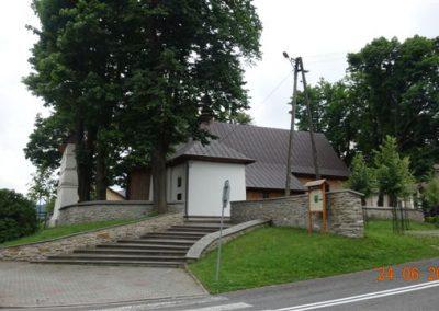 068 Zabytkowy Kościół św. Mikołaja w Tylmanowej