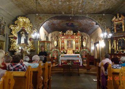 068a Wnętrze Kościoła